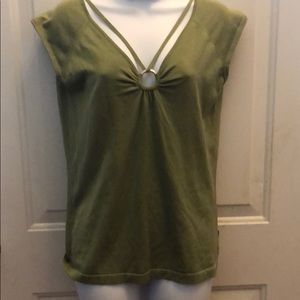 Green bcbg lightweight sleeveless sweater